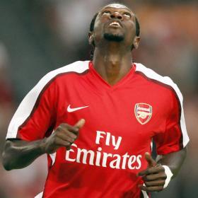 El Arsenal remonta y se impone al Ajax