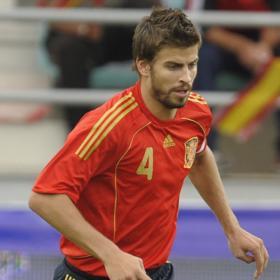 Argentina vs España: Martes 7 Sept. 2010 ¿Quién ganará? Gerard_Pique_Espana