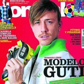 Felicita a Guti por su cumpleaños como madridista 20090211dasdaiftb_35