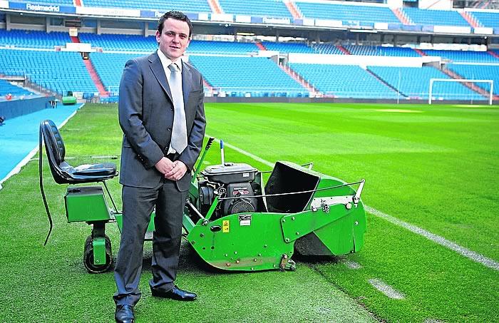 Burgess el jardinero que fich el madrid del arsenal - Trabajo jardinero madrid ...