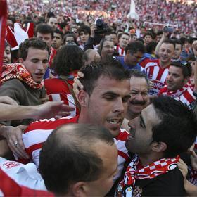 Un gol del canterano Morán mantiene al Sporting en Primera