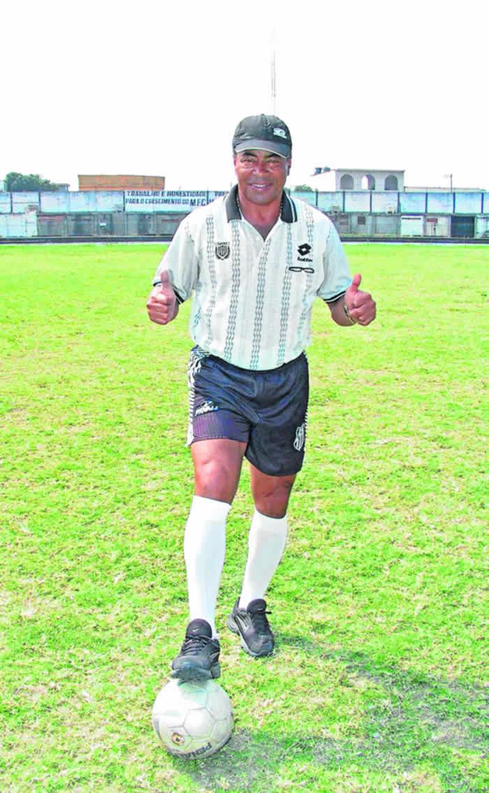 """""""El fútbol del primer mundo está matando la escuela brasileña"""""""