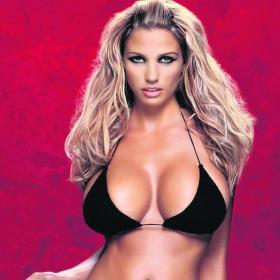 Las chicas más sexys - Página 2 Katie_Price_musa_Premier