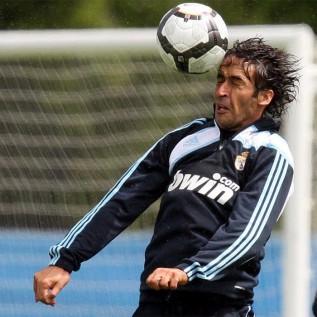 Fotos de Raúl - Página 21 Primeros_entrenamientos_Real_Madrid_Irlanda