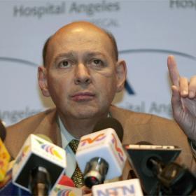Ernesto Martínez, doctor de Cabañas