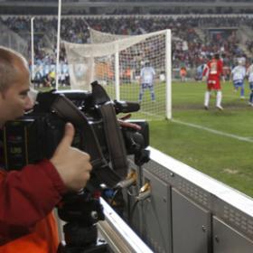 Prisa gana la guerra del fútbol PRISA_gana_guerra_futbol