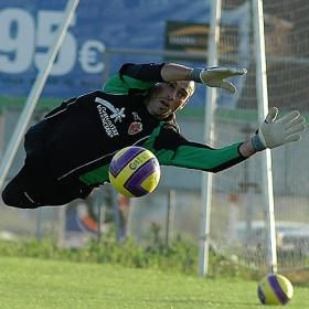 Willy Caballero gusta como alternativa a Alves