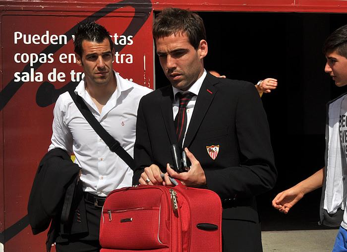 """Fernando Navarro espera que el Sevilla tenga """"regularidad"""" y alcance los objetivos"""