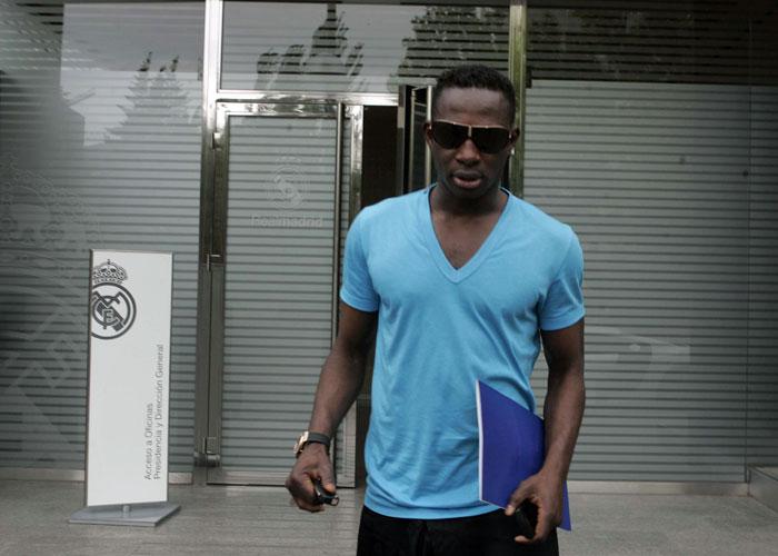 Diarra negoci su futuro con mourinho for Oficinas bbva fuenlabrada