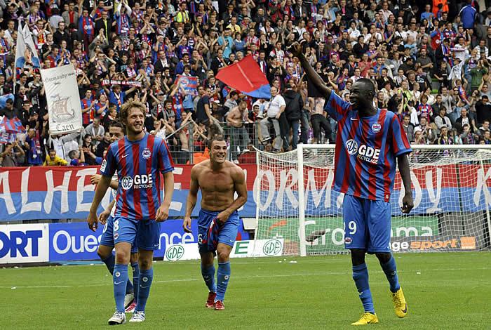 El Caen sorprende al Lyon y se pone en cabeza junto al Toulouse