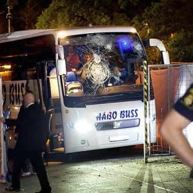Apedreado el autobús del Levski Sofía por aficionados del AIK Estocolmo
