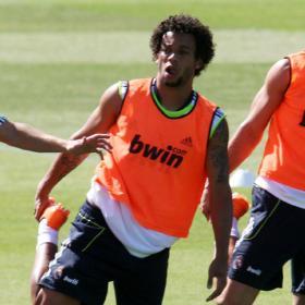 ������ ������� 2011 ������ ������� Marcelo_entrenamiento_guerra_puesto.jpg