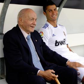 Malaga-Real Madrid Di_Stefano_dio_animos_Cristiano