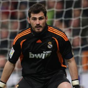 Otro record mas para Iker Casillas en Champions League