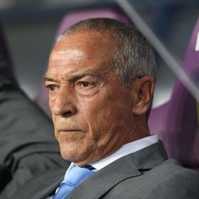 El jeque despide a Ferreira y negocia con Pellegrini