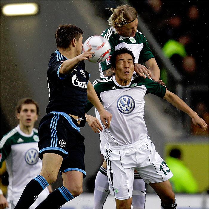 El Schalke 04 abandona los puestos de descenso directo