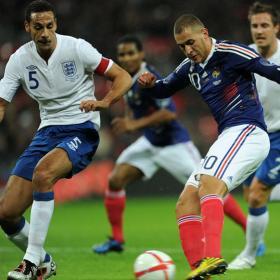 Benzema toma Wembley y complica el futuro de Capello