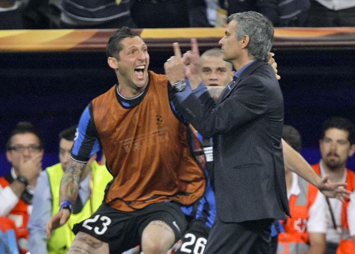 """Materazzi: """"Mou miró por el equipo, no hizo nada malo"""""""