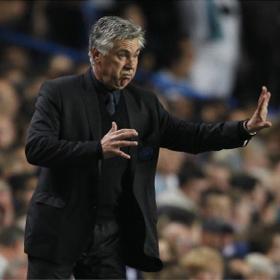 El Liverpool sin Torres gana al Chelsea con Torres