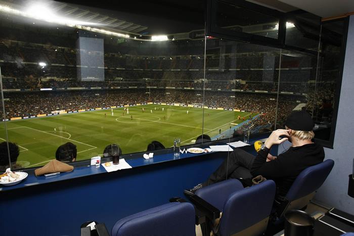 Madrid bar a entradas vip a m s de mil euros - Palco santiago bernabeu ...