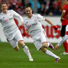 Ribery mantiene el Bayern en la lucha por el tercer lugar
