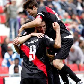 El Girona se despide de Primera, el Rayo sigue arriba