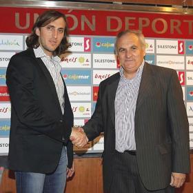 Luis Zubeldía no podrá entrenar a la UD Almería