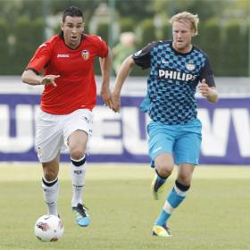 Piatti debuta con gol en la victoria ante el PSV