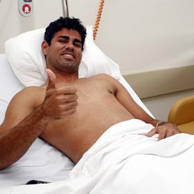 Diego Costa, operado con éxito de su rodilla derecha