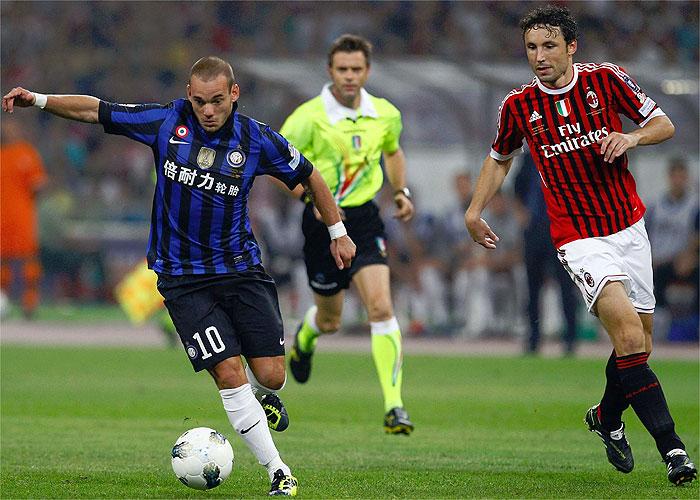 El City niega un acuerdo para fichar a Sneijder