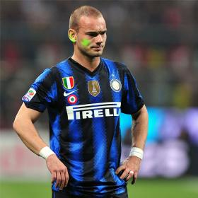 Sneijder confirma contactos 'no oficiales' con el United