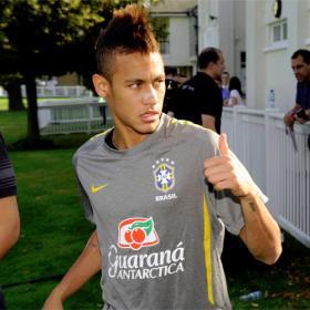 El Santos niega la venta de Neymar al Barcelona