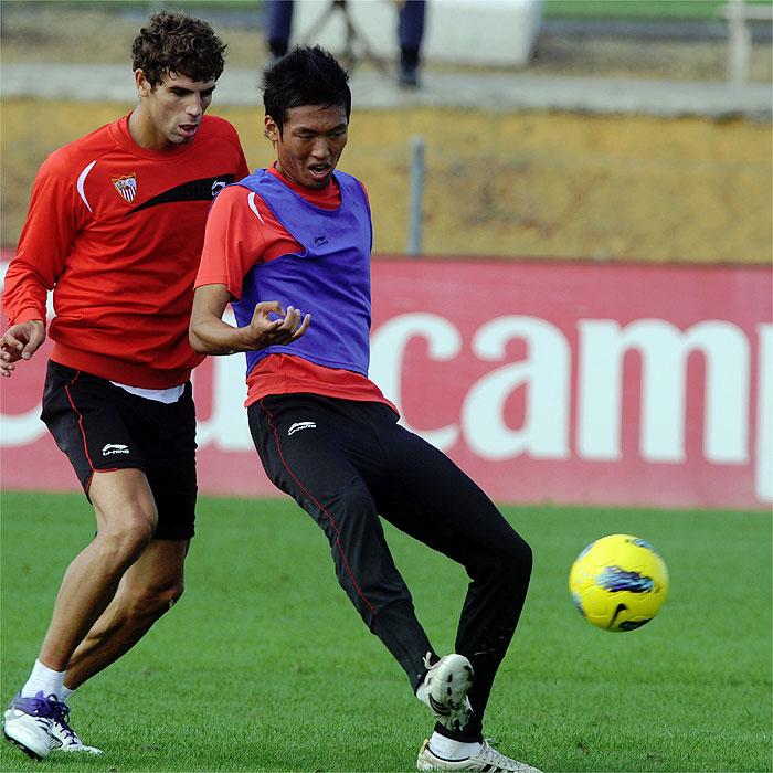 El Sevilla viaja con Hiroshi y Fazio como novedades