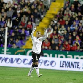Feghouli piensa en su debut con Argelia y en el Madrid