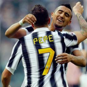 La Juve recupera el liderato tras ganar hoy al Palermo