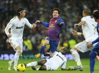 前へ 次へ 出典  【スペインサッカー】エル・クラシコ 2011年12月11日~リーガエス...