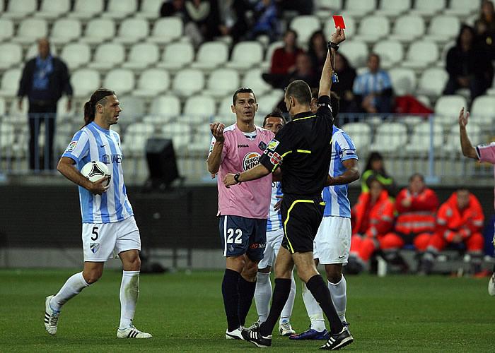"""Míchel, a los árbitros: """"Lleváis toda la temporada robándonos"""""""