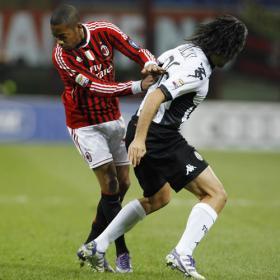 """Robinho: """"Es muy difícil que vuelva al Santos en 2012"""""""