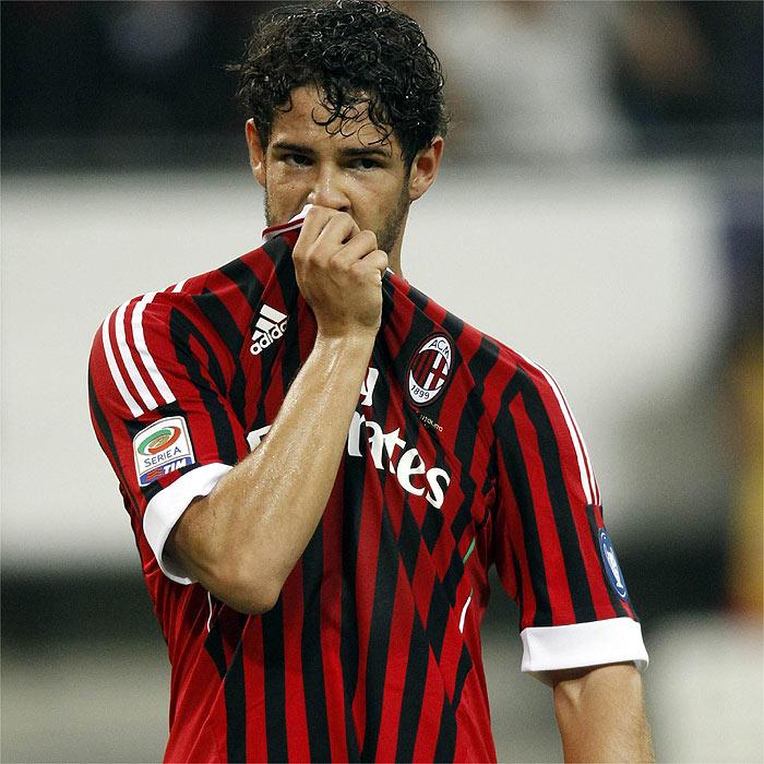 El PSG ofrece 50 millones de euros al Milan por Pato