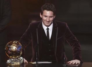 Leo Messi gana su tercer Balón de Oro