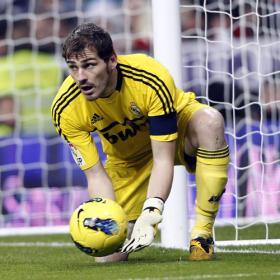 Casillas, tras Buffon como mejor portero del siglo XXI