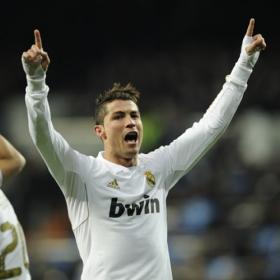 Cristiano marca el gol 4.000 del Madrid en el Bernabéu