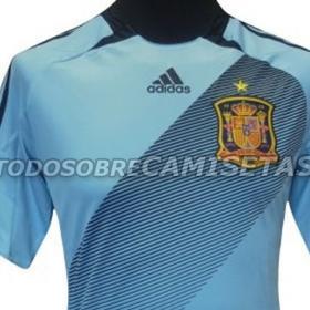 La segunda equipación de España será azul claro
