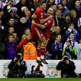 El Liverpool se pasea ante el Brighton de  Poyet y Vicente