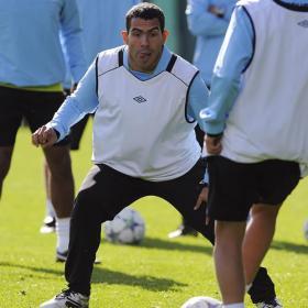 Carlos Tévez vuelve a jugar con el City en un amistoso