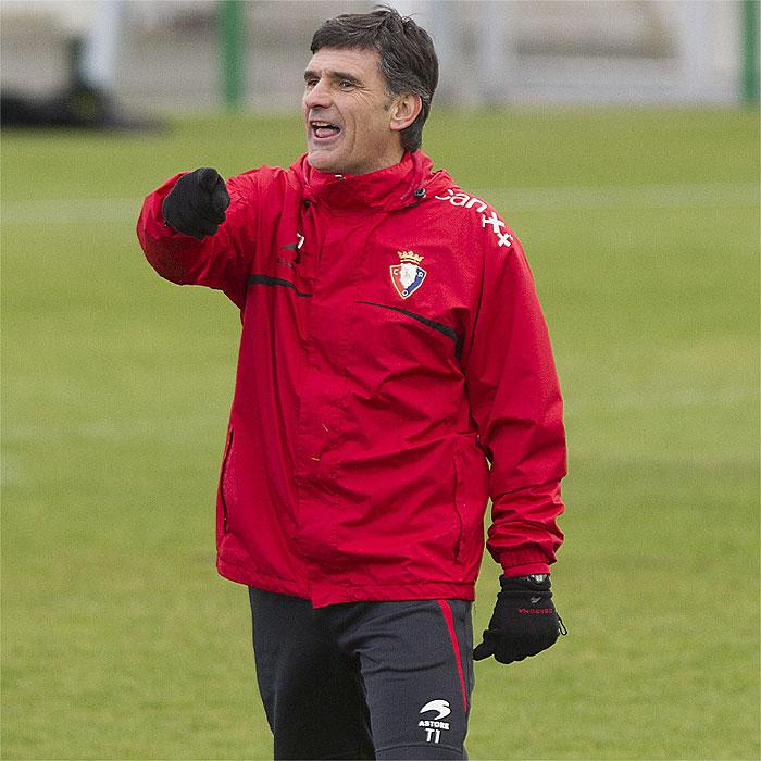 Mendilibar convoca del filial a Roberto Torres y Raoul Loé