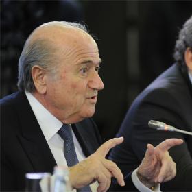 """Blatter se """"moriría"""" con otro error arbitral en un Mundial"""
