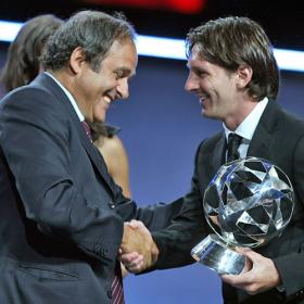 "Michel Platini: ""Messi es un asesino, nunca se cansa"""