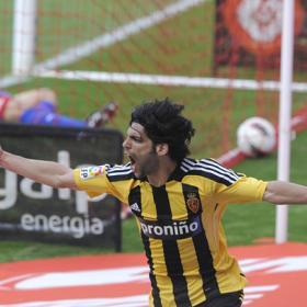 Lafita condena al Sporting  y da más vida al Zaragoza