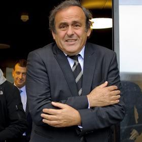 Platini busca suprimir la Europa League en 2016